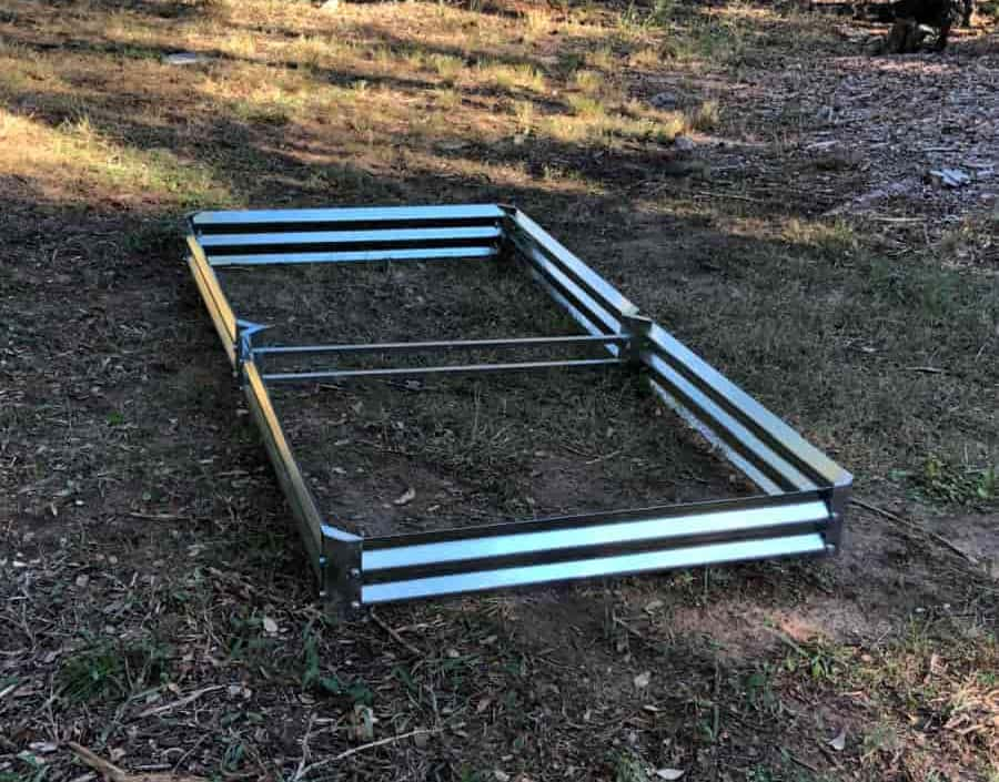 Low Grande Metal Garden Beds